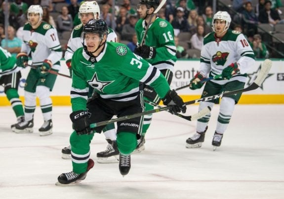 Dallas Stars Shine in Vintage NHL Jerseys