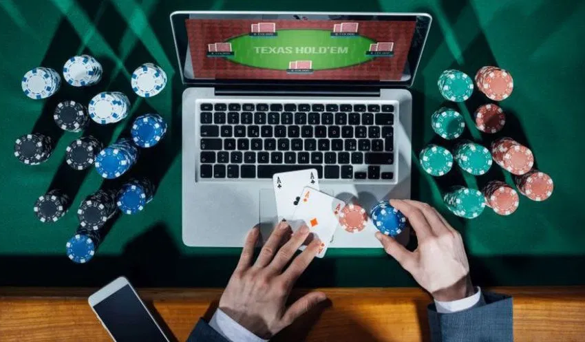 Microgaming as well as the History of Online Gambling