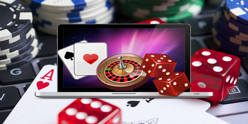 What Makes Playing Online Poker With Chips Helpful For Both Bettor and Online casino