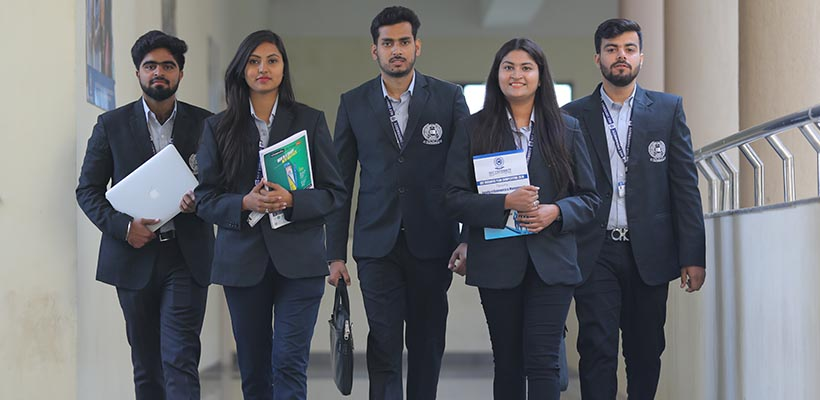 SGT College of Commerce: Top B.Com College in Gurgaon