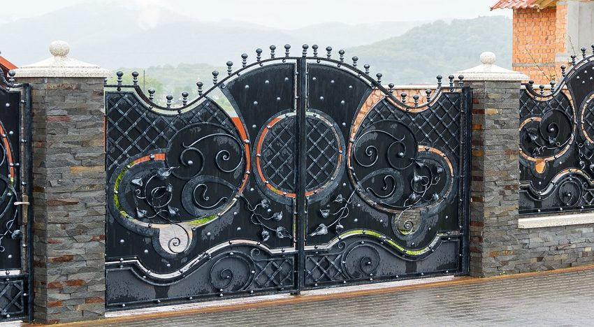 3 Benefits of Wrought Iron Gates