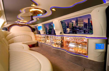 Toronto limousine tour with dinner to celebrate the personal evening