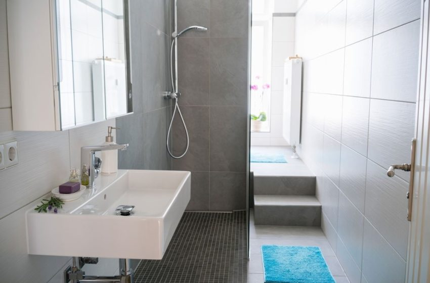 How to make your bathroom look neat?