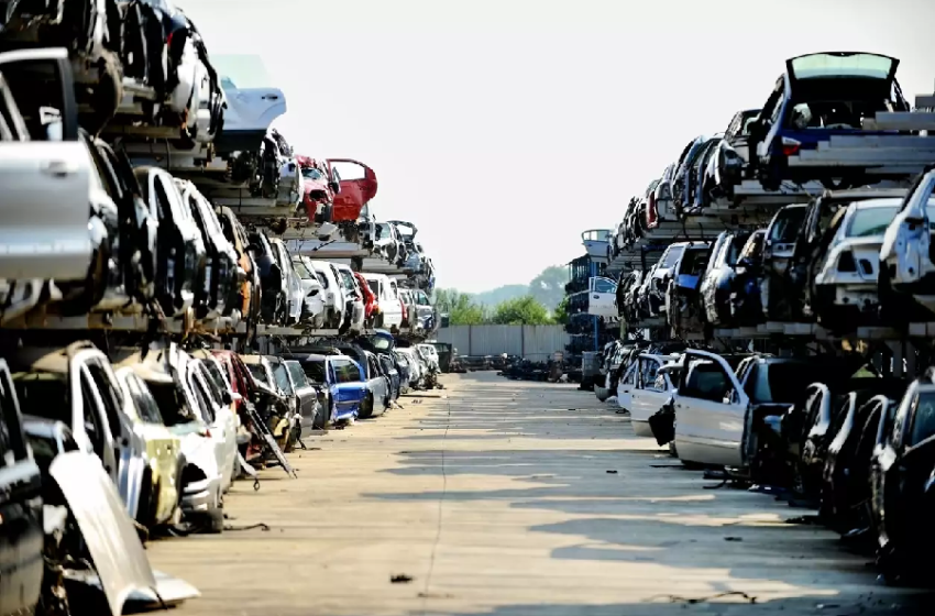 Scrap Yards with Junk Cars for Sale