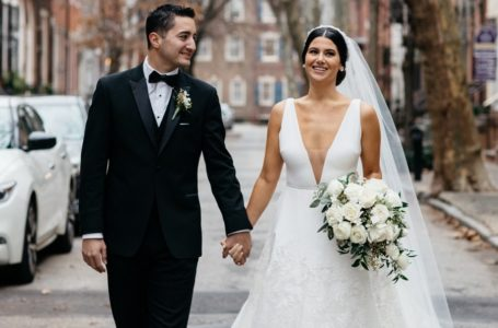 Fascinate yourself by why people want to go big on social media following their wedding photos