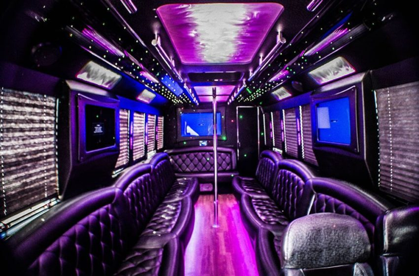 Make your Party stylish on a Party Bus