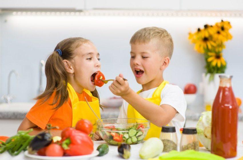 Parents Should Teach Their Children Healthy Habits