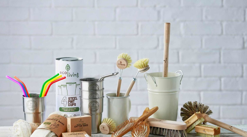 Kitchen versus bathroom – which can you make plastic-free first?