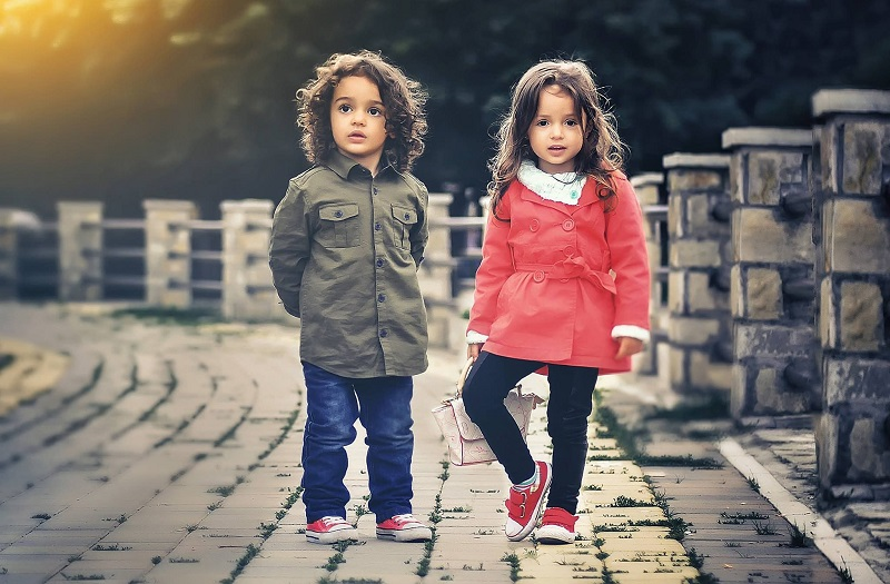 Things to know while buying clothes for your kids